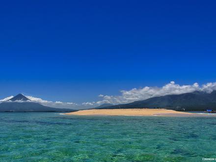 Tiwi, Albay Image