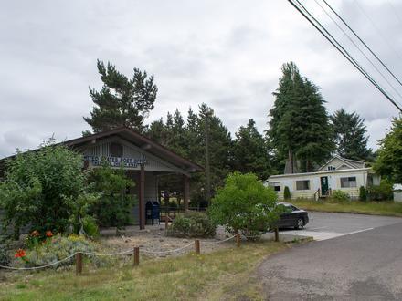 Westlake, Oregon