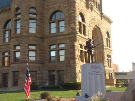 Hartford City Image