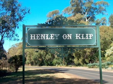 Henley on Klip Image